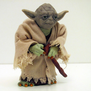 Deluxe Yoda Figure (5″ highly detailed) 1997